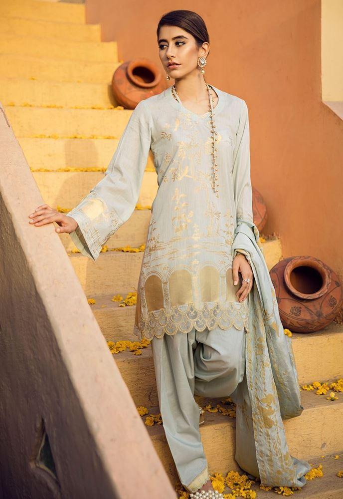 Cross Stitch Eid Lawn 2018 Collection For Pakistani Women